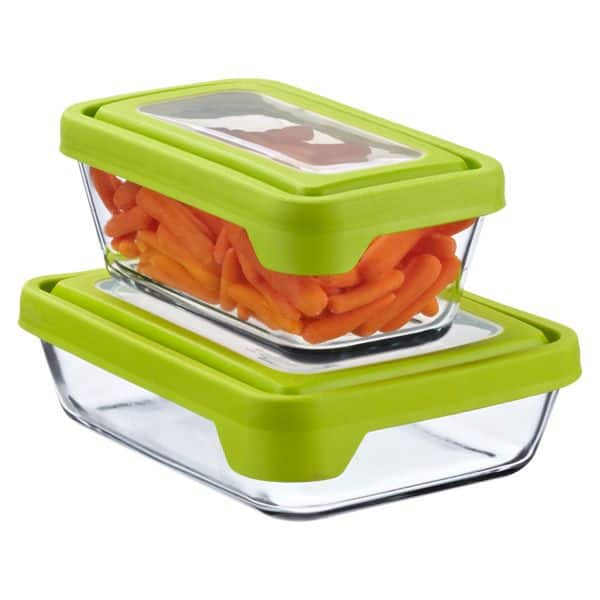 Glass food containers are easier to clean and less toxic