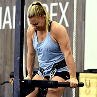 Tennil Reed Diet. What Does Tennil Eat to be an elite CrossFit Athlete.